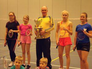 Ella, Lumi, Timo, Assi, Niina, Janne ja Jere